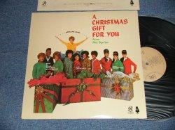 画像1:  VA ( CRYSTALS+RONETTES+DARLEN LOVE+More ) - A CHRISTMAS GIFT FOR YOU (Ex+++/MINT-)  /1989  US AMERICA REISSUE  Used LP