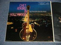 画像1: CHET ATKINS - IN HOLLYWOOD (Ex+++/MINT- EDSP) / 1959 US AMERICA ORIGINAL MONO Used LP