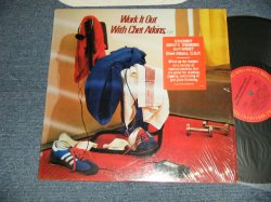 画像1: CHET ATKINS - WORK IT OUT WITH CHET ATKINS (MINT-/MINT-) / 1983 US AMERICA ORIGINAL Used LP