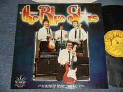 画像1: The BLUE STARS - STRICTLY INSTRUMENTAL (MINT-/MINT-) / 1981 NETHERLANDS/HOLLAND ORIGINAL Used LP